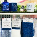 ダイソー ミルキーホワイトとコバルトブルーの2色で展開 バス洗濯用品 24品